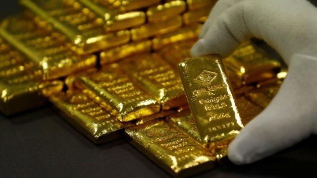 Debito pubblico e oro: come si muove il metallo prezioso?