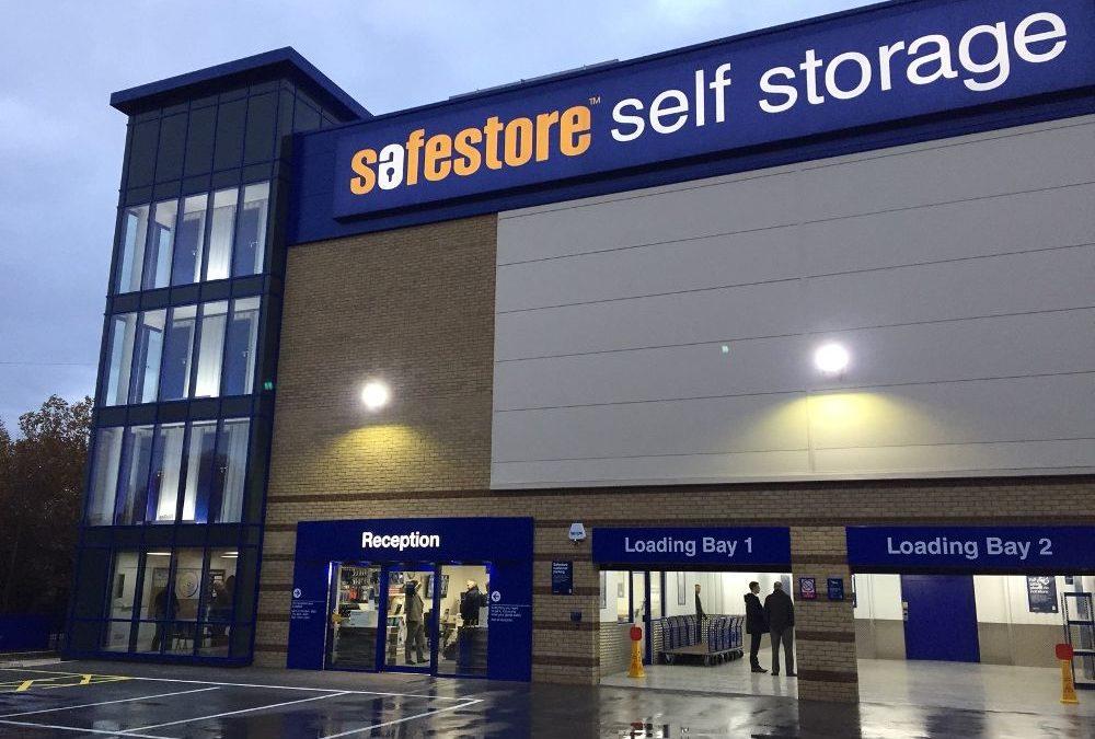 Safestore torna finalmente ai vertici dell'economia inglese.