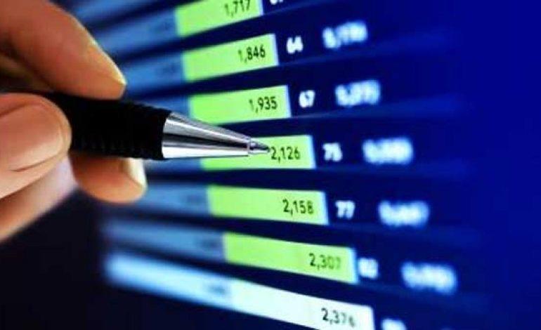 Dow scende di oltre 400 punti