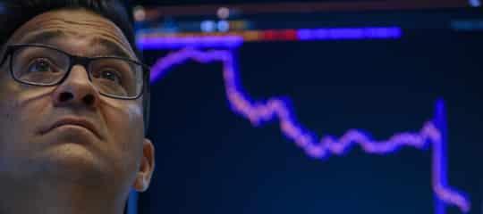 I mercati mondiali continuano a faticare