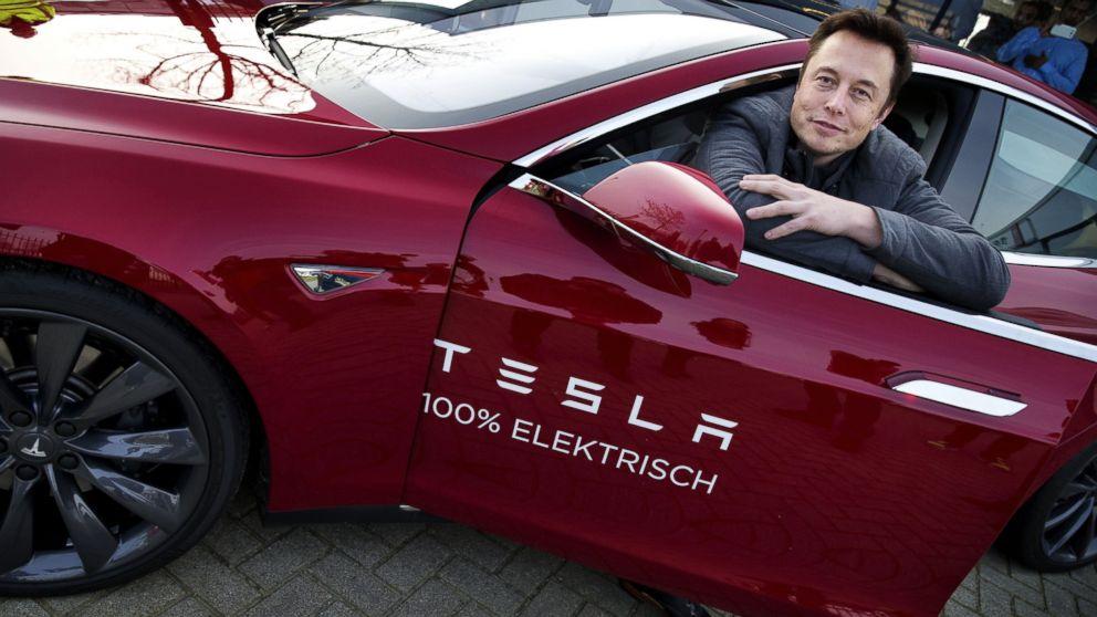 Azioni Tesla: il crollo, la ripresa e le parole di Musk