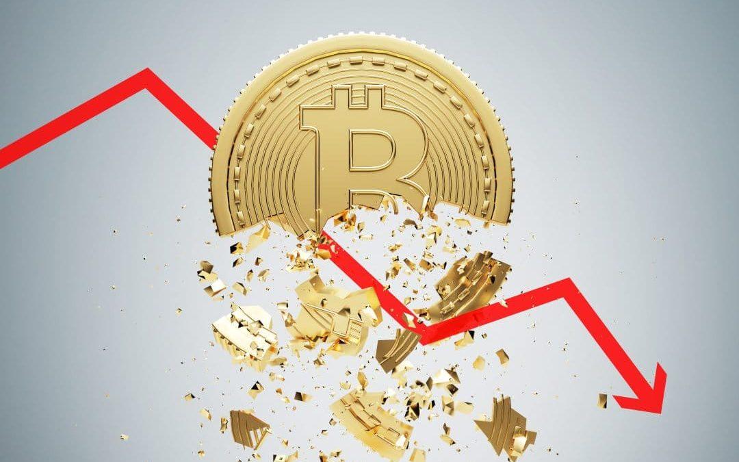Bitcoin bloccato sotto 9000 dollari: le criptovalute bruciano 10 miliardi