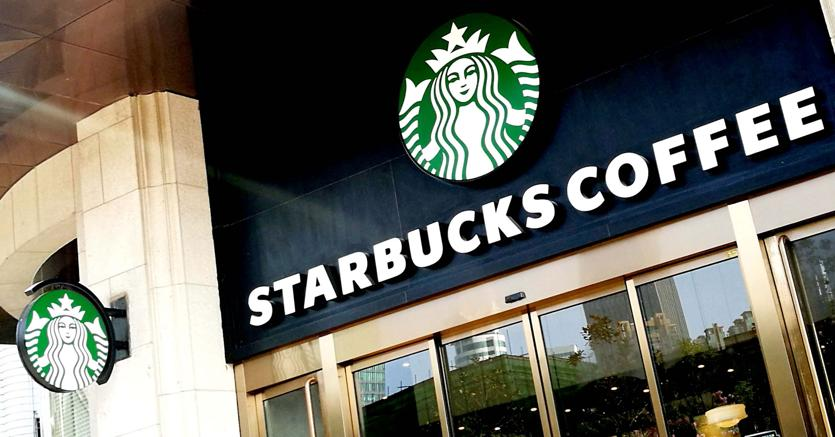 Starbucks vicino a chiudere 400 negozi in America: cosa sta succedendo