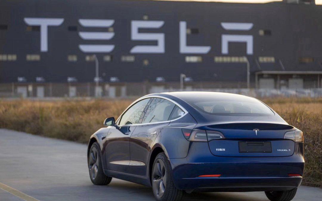 """Tesla pronta ad """"elettrificare"""" anche l'S&P 500"""