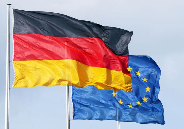 Dati Macroeconomici, l'economia tedesca si contrae a ritmi record