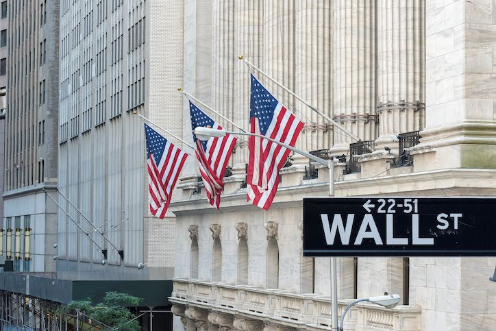 Mercato Azionario, i 5 Titoli migliori di Wall Street vivono il messe peggiore di sempre