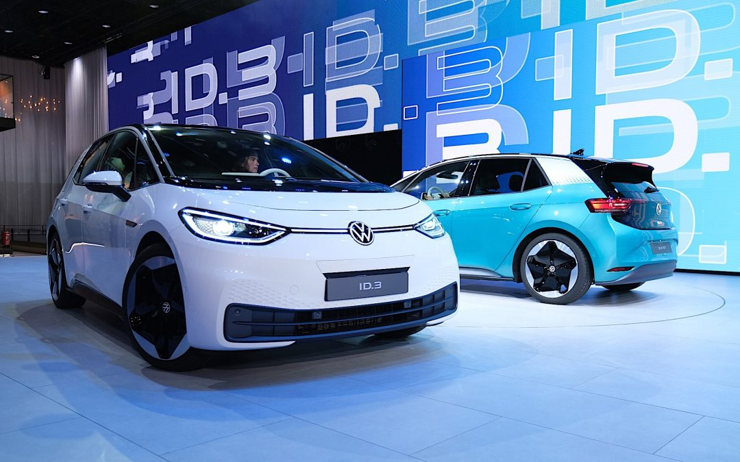 Volkswagen, la nuova ID.3 testata dalla principale rivista di motori tedesca: emergono criticità