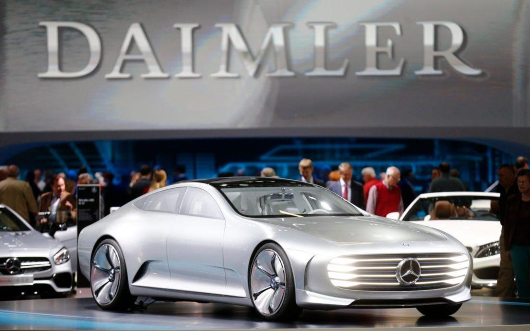 Daimler chiede investimenti sulle postazioni di ricarica per le auto elettriche