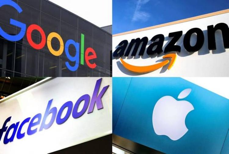 UE contro i giganti tech USA: rischio multe per le aziende