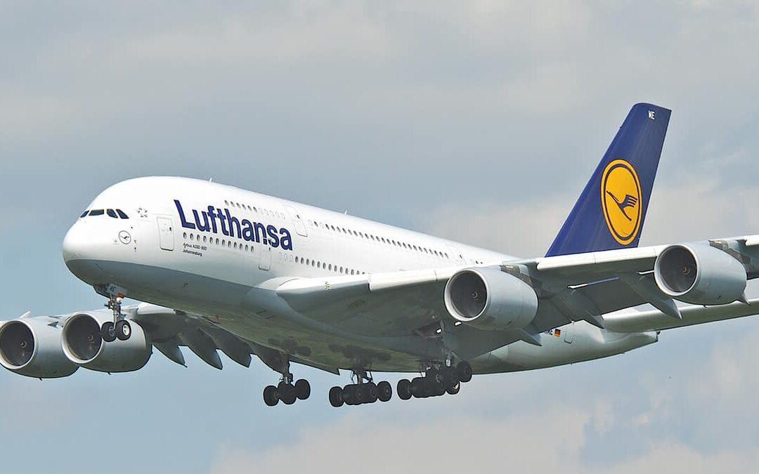 Lufthansa taglia la flotta dopo le perdite record del 2020
