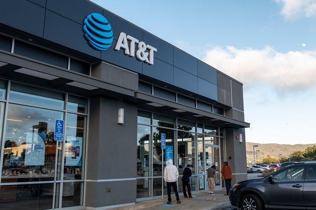 Azioni AT&T da vendere dopo il taglio dei dividendi?