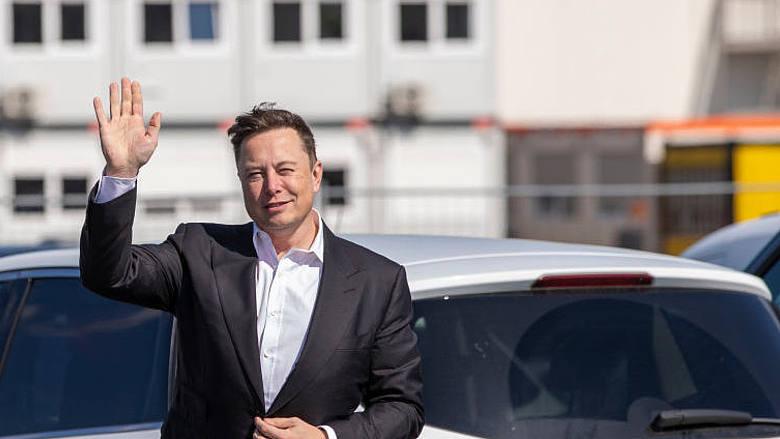 Azioni Tesla pronte ad una nuova impennata: Model S Plaid sta arrivando