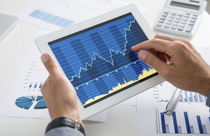 Trading online, le 2 migliori azioni tech su cui investire a Luglio