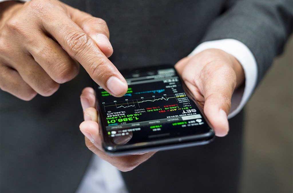 Trading online, fenomeno in aumento: perché il gioco in Borsa è così attraente